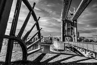 Wide Lens London_416-HDR_PSEdit.jpg