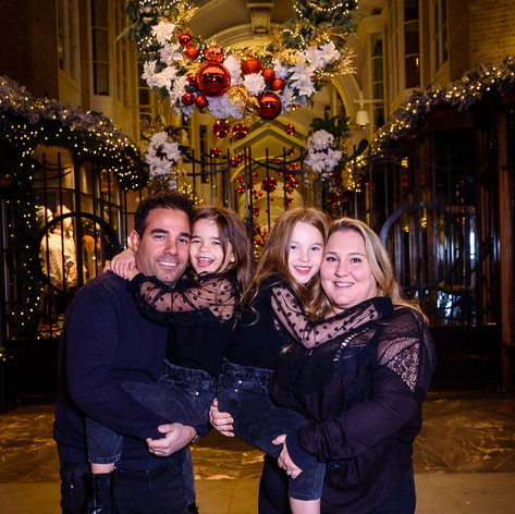 Ovadia Family-Christmas-2020_105.jpg