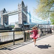 London Photo Taxi Tour - Tower Bridge Dancing