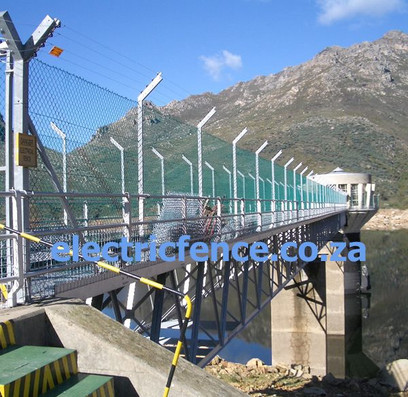 4-Strand Electric Fencing