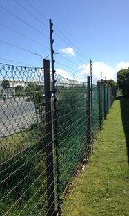 Composite Piggy Back fencing Brackets