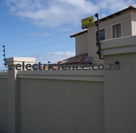 """6-Strand Customised electric fencing """"L"""" Brackets"""
