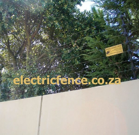 8-Strand Electric Fencing