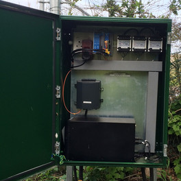 A field kiosk powering perimeter Bosch thermal cameras with intelligent video analytics, fibre feed to the main control room including direct supplementary back-up power in the event of power cuts