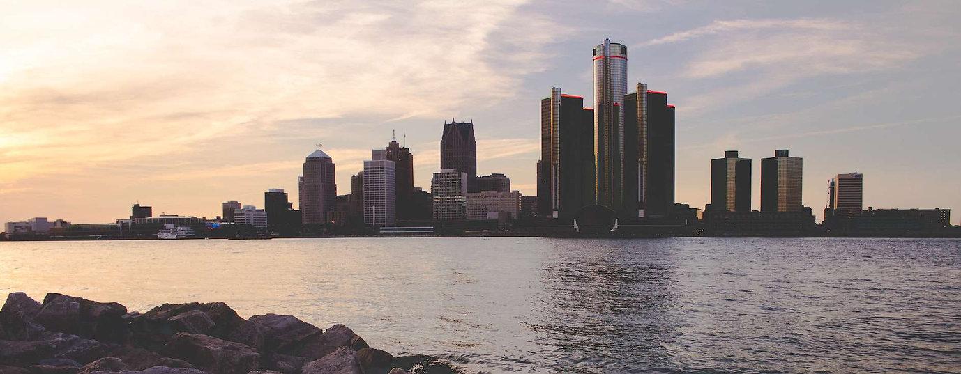 detroit-skyline-sunset.jpg