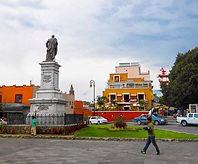 Cuernavaca, Morelos, México, Estatua General Pacheco, Centro de Cuernavaca, CLS, Cuernavaca Language School