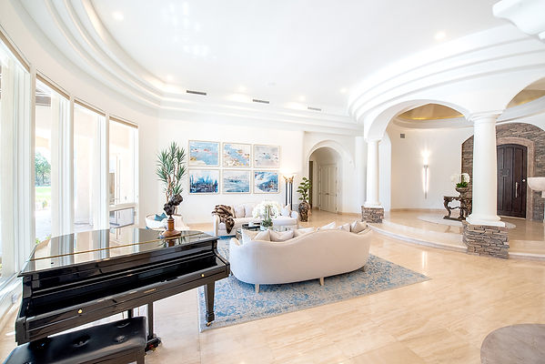Paradise Valley Living & Entry
