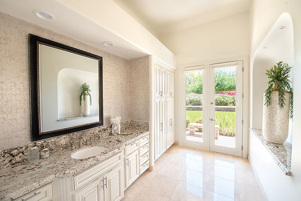 Paradise Valley Master Bathroom