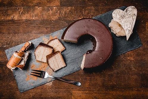 2-Ringer Baumkuchen ungefüllt mit dunkler Kuvertüre überzogen