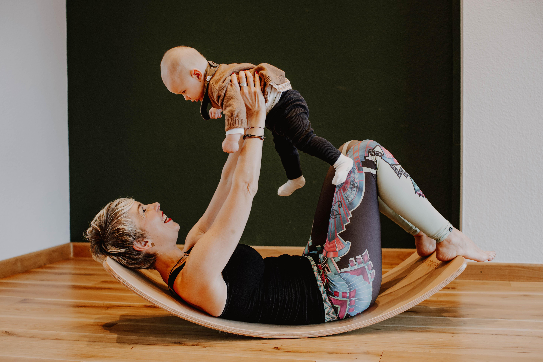 Wobbelyoga für Mütter & Kleinkinder