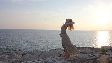 Lila www.yoga-nyon.ch