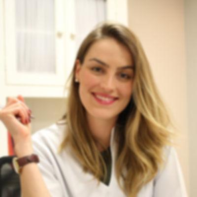 Dra. Bruna Gardim