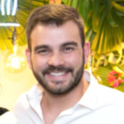 Dr. Ricardo Martins
