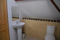 Fresh white bathroom suite