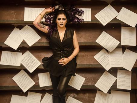 """INGRIDI VERARDO: ouça o single """"Read Between The Lines"""""""