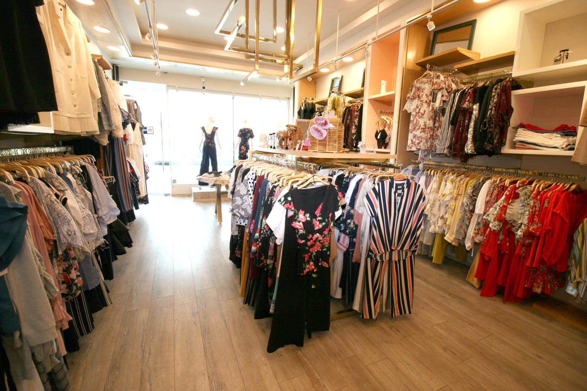 Nuria Farres boutique 36.jpg