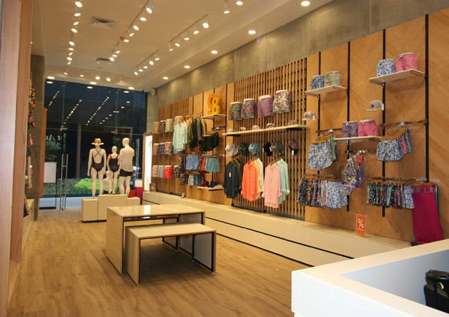 98 landmark-boutique02.jpeg