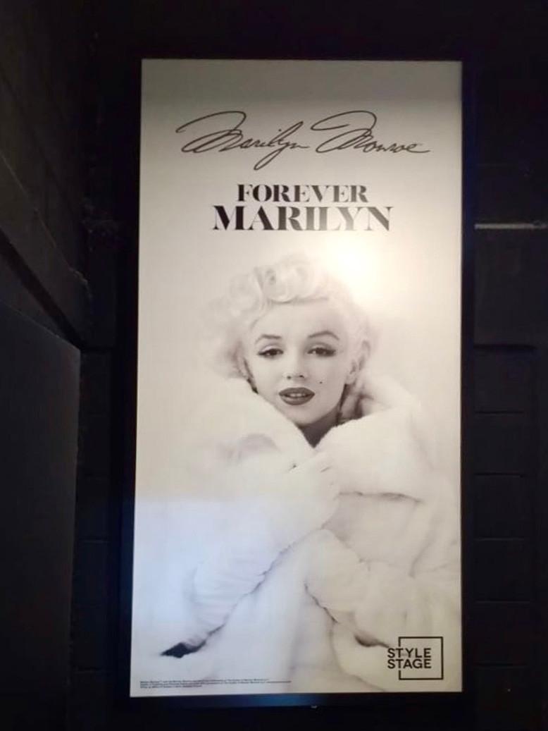 Marilyn Style Stage.jpg
