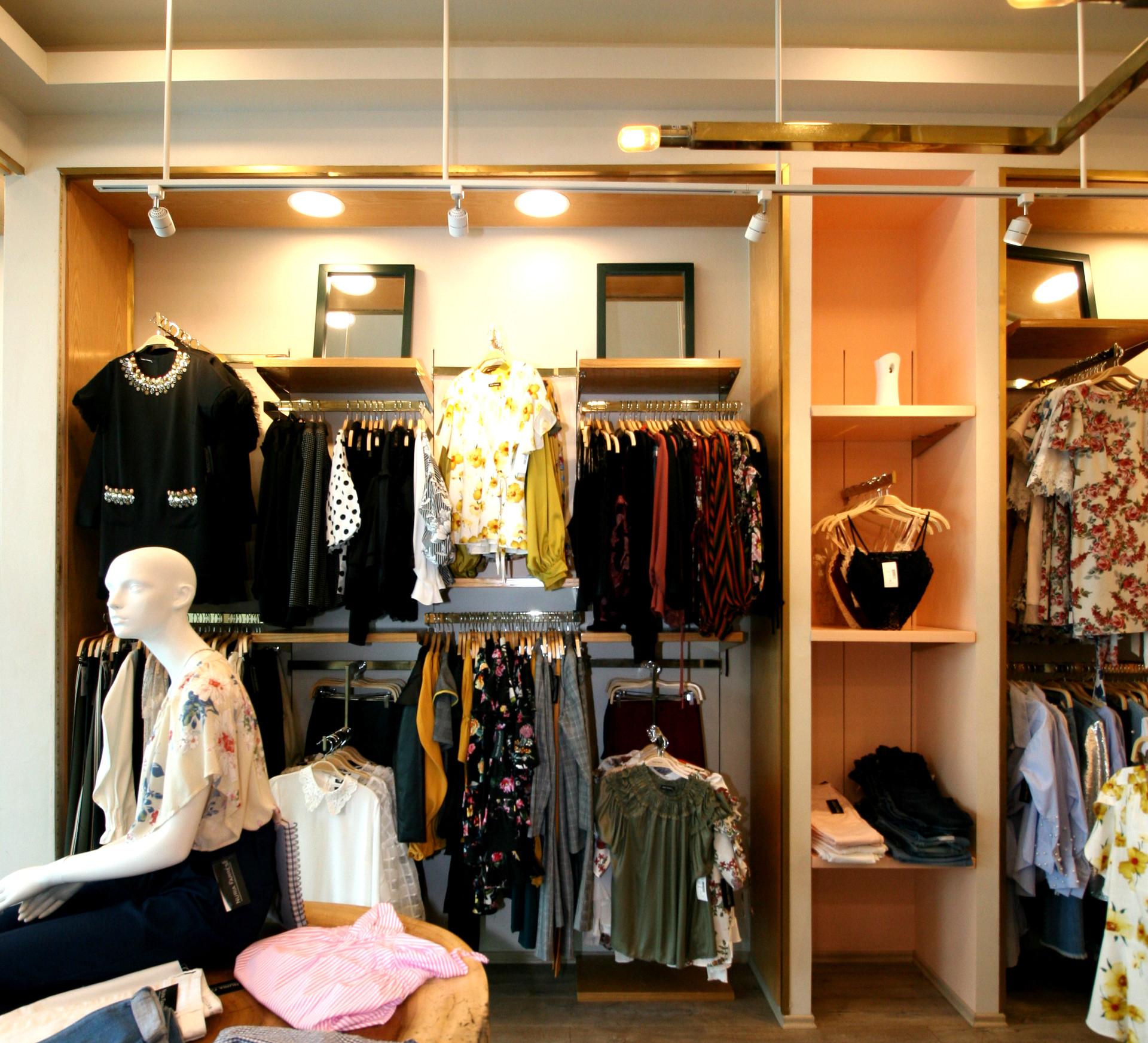 Nuria Farres boutique 3.jpg
