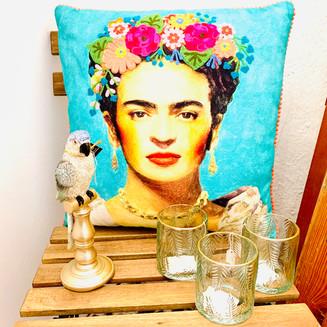 Frida Kahlo im Schönen Laden