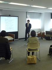 笠原聖吾 理学療法士 LACスクール講師 持ち上げない移乗 腰痛対策 1.JPG