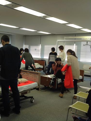 笠原聖吾 理学療法士 LACスクール講師 持ち上げない移乗 腰痛対策10.JPG