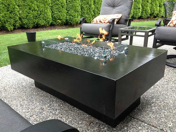 Home show fire table.jpg