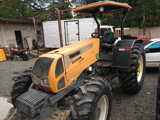 Trator Valtra A  950 Ano 2010 Com Redutor  4x4