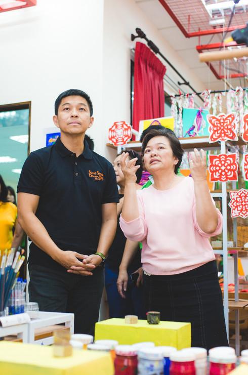 Minister Tan visits Kinderland Serangoon