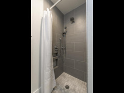 FOURTH& Guest Suite Shower