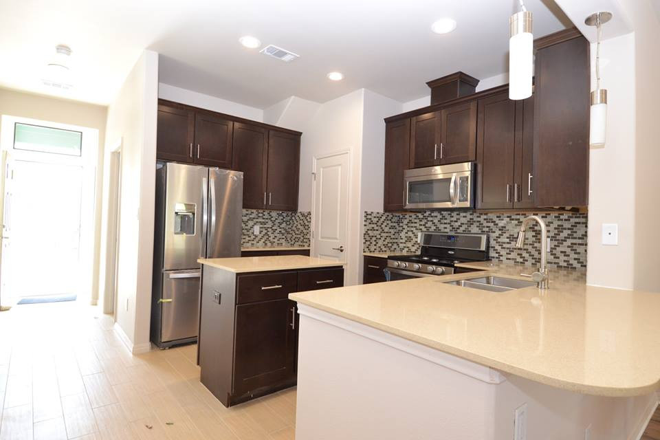 Towns onCumberland. Kitchen finished..jp