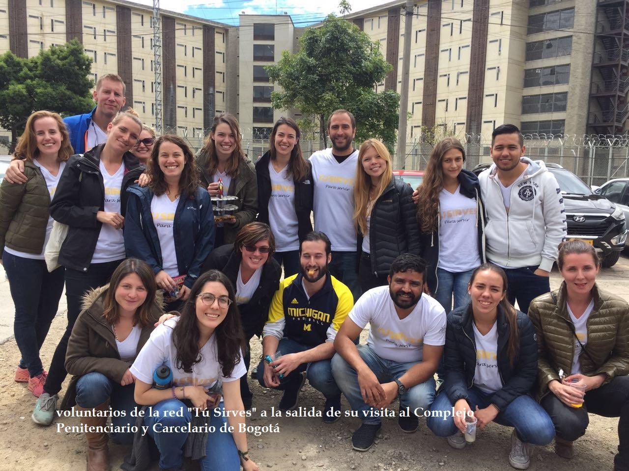 Voluntarios en la cárcel La Picota
