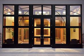 signature-ultimate-commercial-door-2.jpg