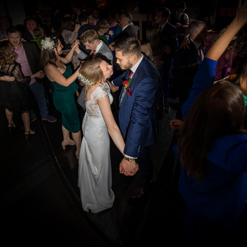 How to Pick your perfect Wedding Photographer