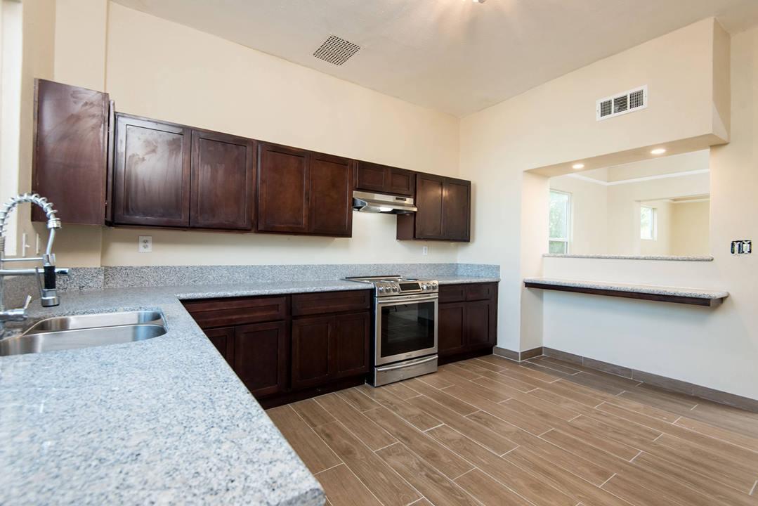 362 N Calaveras St, Fresno, CA 93701