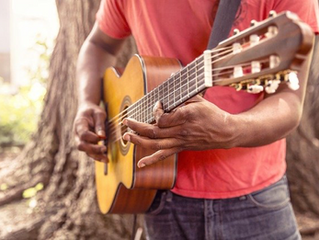 Five Awesome Apps That Will Help You Learn to Play an Instrument