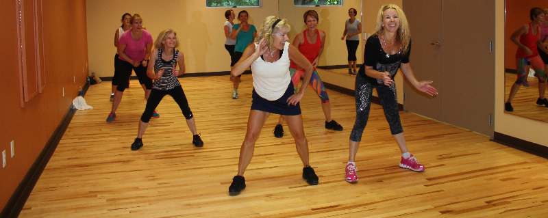 Zumba group class in St. Louis
