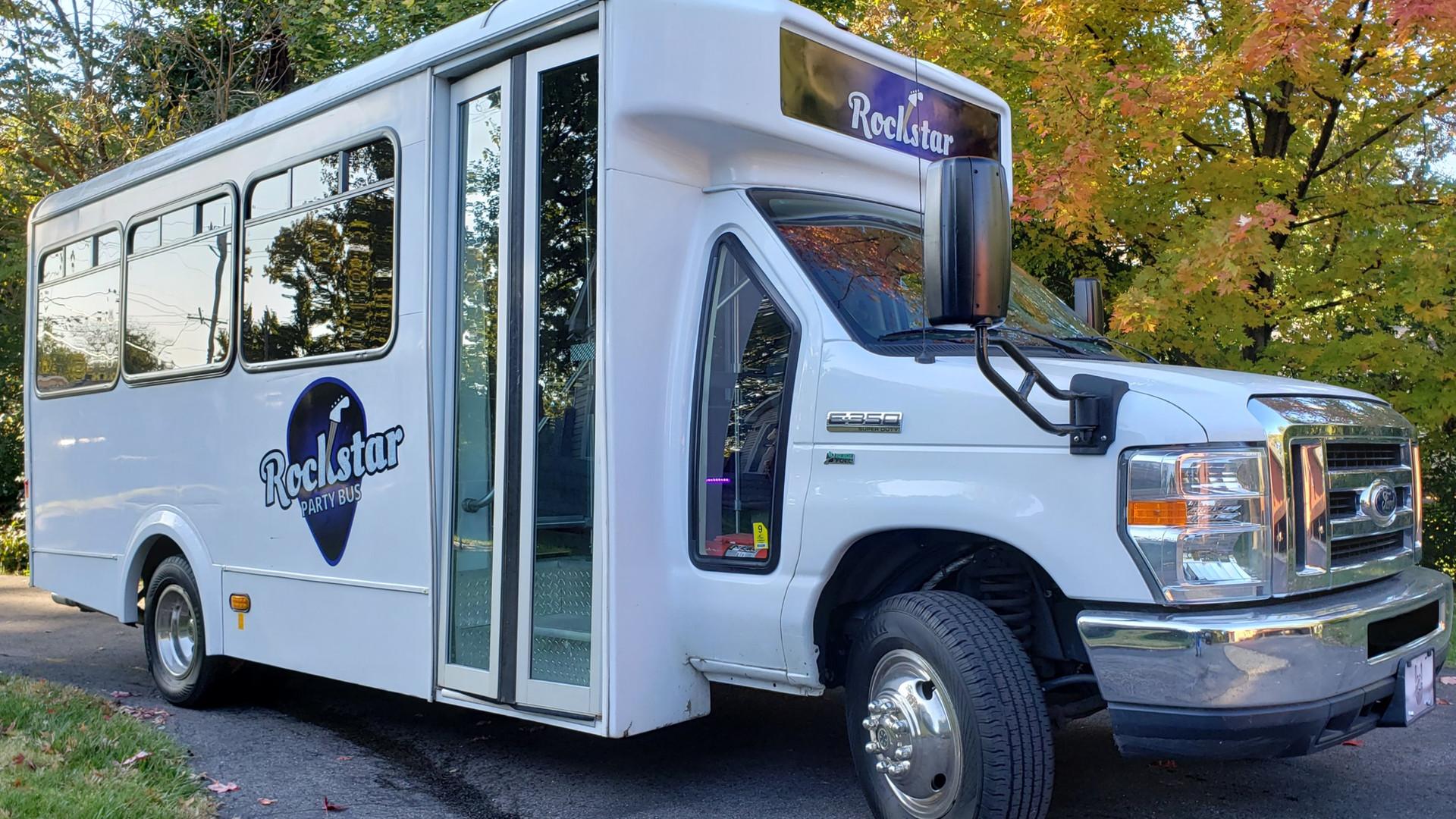 Party Bus Rental St Louis | Hire Party Bus
