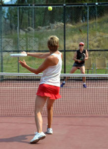 Click here to know more about the sport of padel