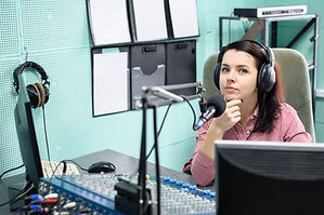 Perfectune FM voiceover DJ Jenna