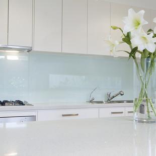 Millennium Glass: Glass Splashback