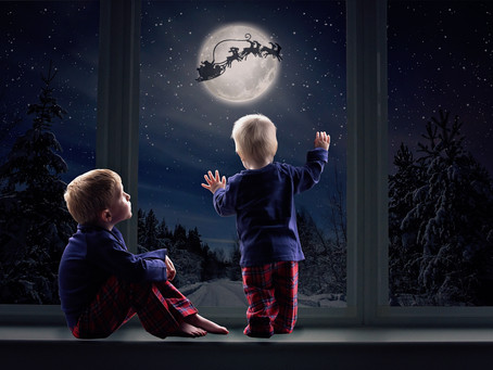 Our Christmas Window Sessions Are Back!