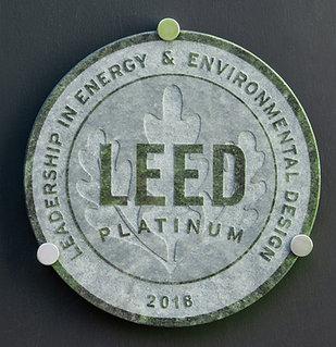 LEED GREEN Granite Plaque ⌀ 40cm, inc. hardware