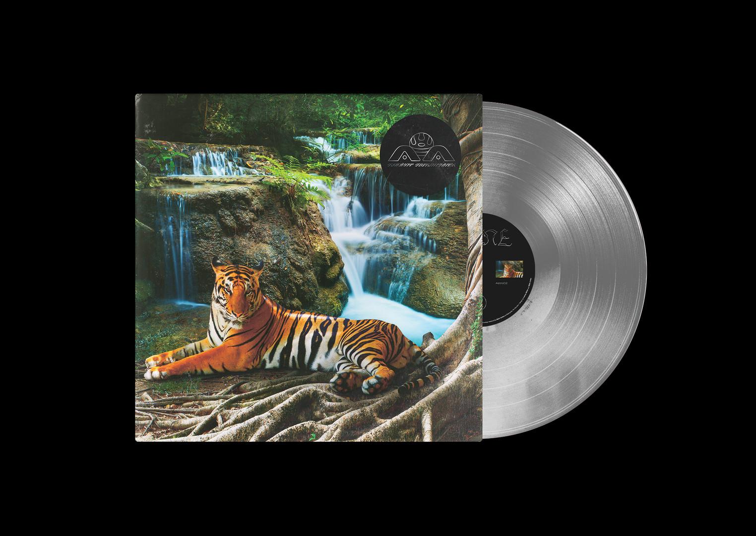 Lone tiger mockup vinyl Silver.jpg