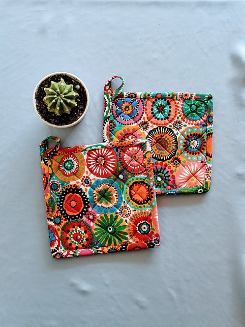 Floral Spin Hot Pads