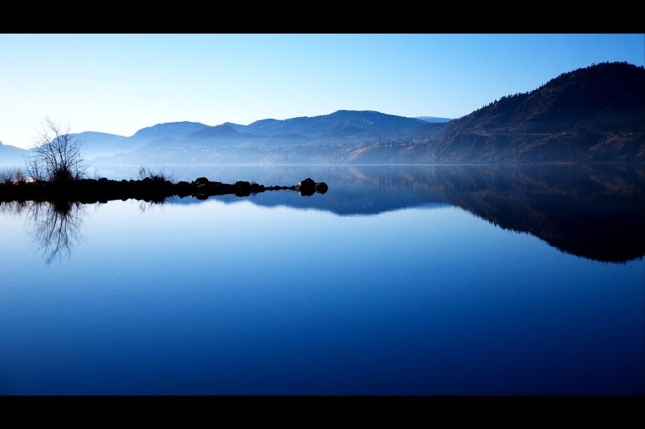 Skaha_Lake_along_the_Okanogan_River.jpg