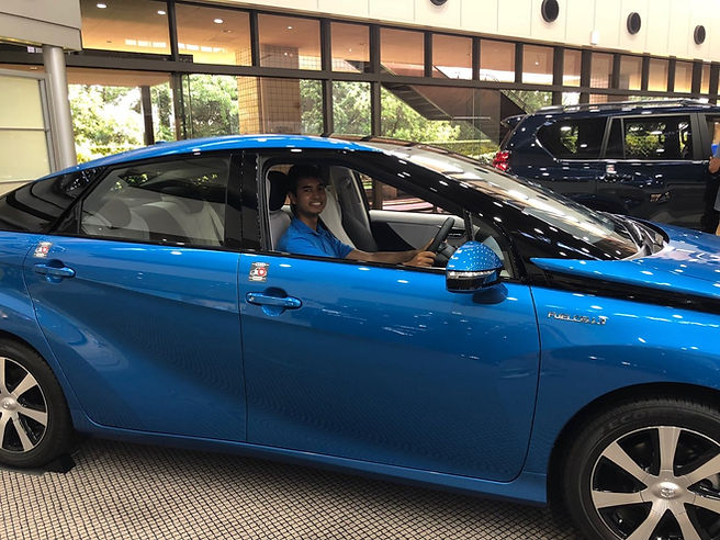 Ashwin -Toyota Fuel Cell Car-Japan.JPG