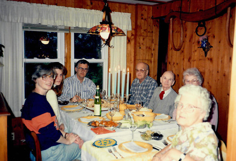 1991 seneca lake cottage thanksgiving with uncle george and auntie, grandma t and grandpa t