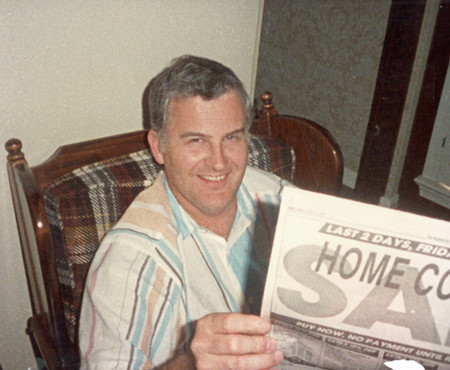 1987 chillin' in the dad chair at the house in rockville, pre dad status recliner