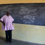 Karimu-teaching-at-Lukula